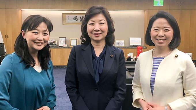 野田聖子総務大臣 「かあちゃん」という看板を背負ったことで得たモノ
