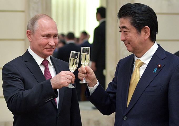 プーチン 大統領 安倍 晋三 首相 ロシアにおける日本年 開会式 乾杯