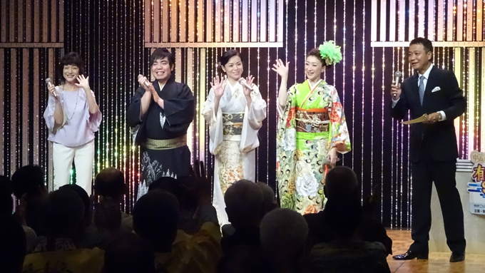 デビュー30周年の石原詢子、歌手になる前は新聞配達をしていた!?