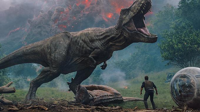 シリーズ史上最多の恐竜たちがスクリーンで大暴れ!『ジュラシック・ワールド/炎の王国』