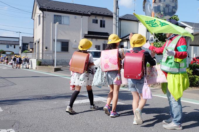 松戸 市立 六実 第二 小学校 児童 通学 リンさん