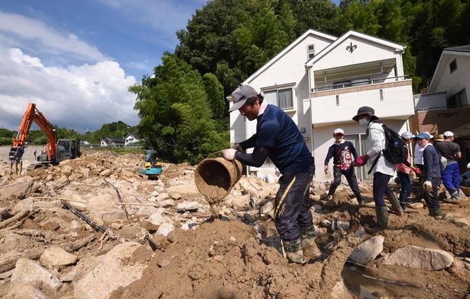 西日本 豪雨 被害 広島市 安佐北区 口田南 住宅街 地元 住民
