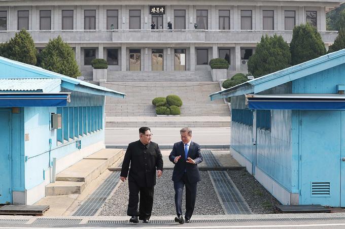 軍事境界線 金正恩 韓国 大統領 文在寅