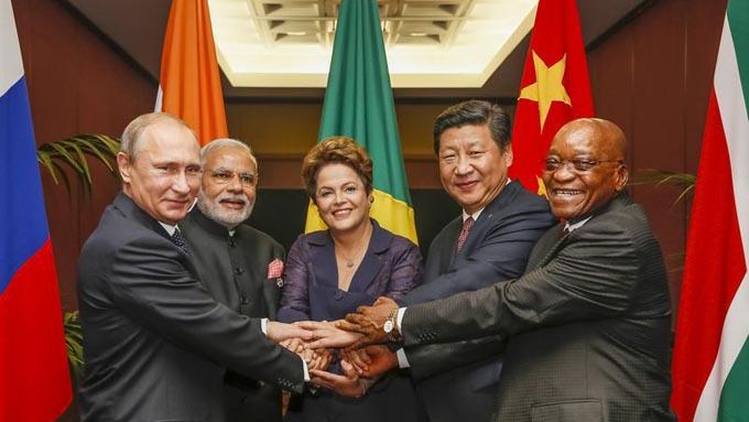 BRICs プーチン モディ ルセフ 習 ズマ 首脳