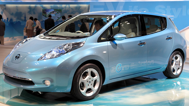 EV(電気自動車)へ舵を切る中国とできない日本の今後