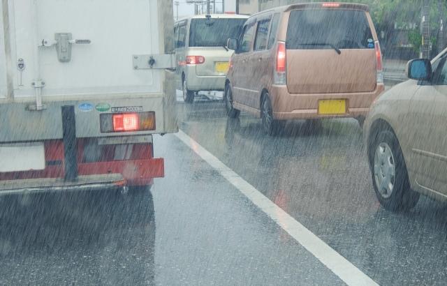 台風や大雨などの災害後に気を付けたい感染症対策