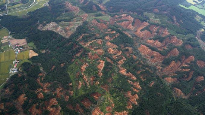 北海道地震~未知の断層の影響か
