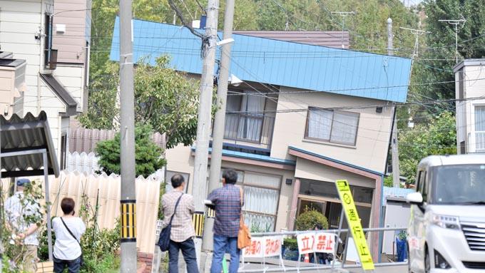 北海道地震~未だ携帯電話が使えない被災現場