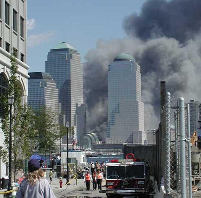 9.11 同時多発テロ ツインタワー 追悼 17年 トランプ イラク戦争 アメリカ アルカイダ IS
