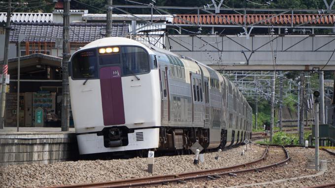 215系電車 快速 ホリデー快速ビューやまなし 中央本線 上野原駅