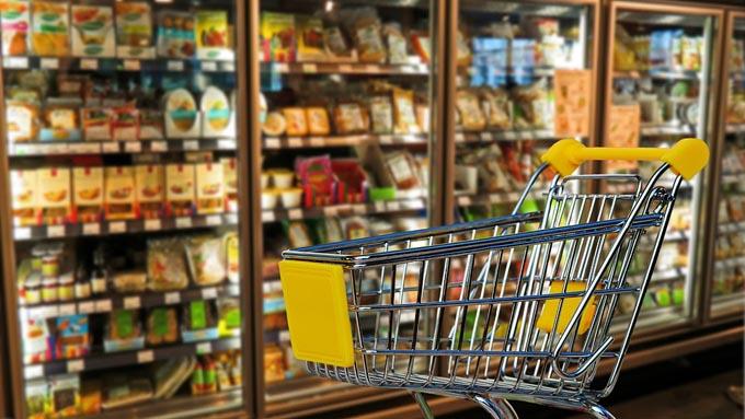 スーパーの必需品「ショッピングカート」は、サクラを雇って普及させていた?!