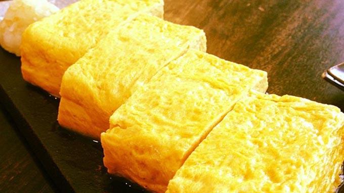 お弁当に関する調査で最も人気のおかずは『卵焼き』!