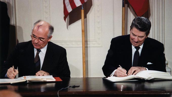 中距離核戦力(INF)全廃条約とは何か~アメリカの条約破棄の意図は対中国