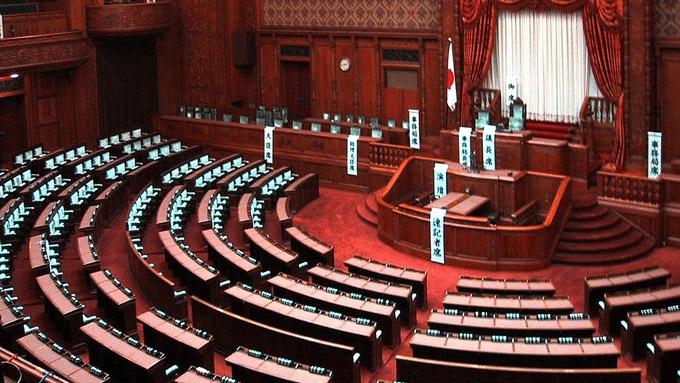 衆院憲法審査会の開催見送り~安倍政権この3年間で憲法改正はなるのか?
