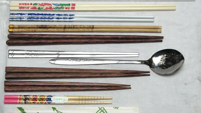 国の文化や歴史によってこんなに違う「箸」のカタチ