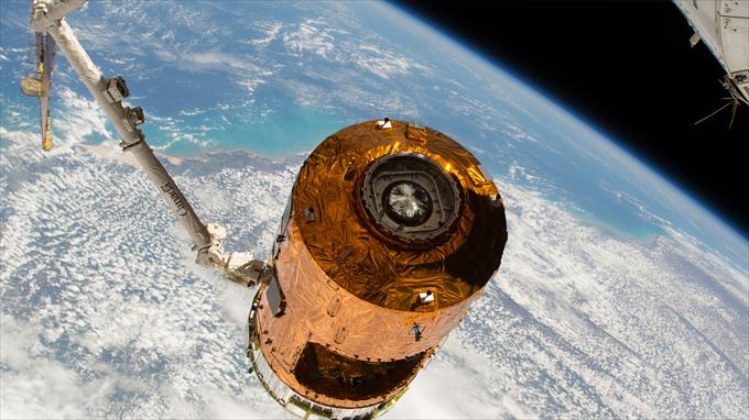 宇宙からのサンプル回収 有人宇宙開発技術への大きな一歩に
