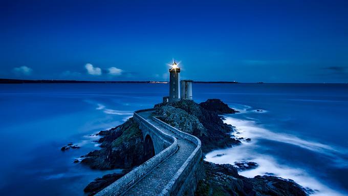 日本で西洋式の『灯台』ができたのは、幕末に結んだ条約のため