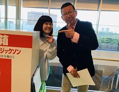 募金活動に参加する松本アナ、ひろたアナ