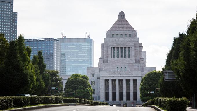 日本の防衛費はNATO加盟国の半分~「多い」か「少ない」か