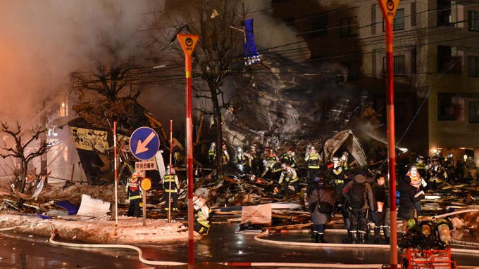 札幌スプレー誤使用の爆発事故~なぜ100本ものスプレーを放出したのか