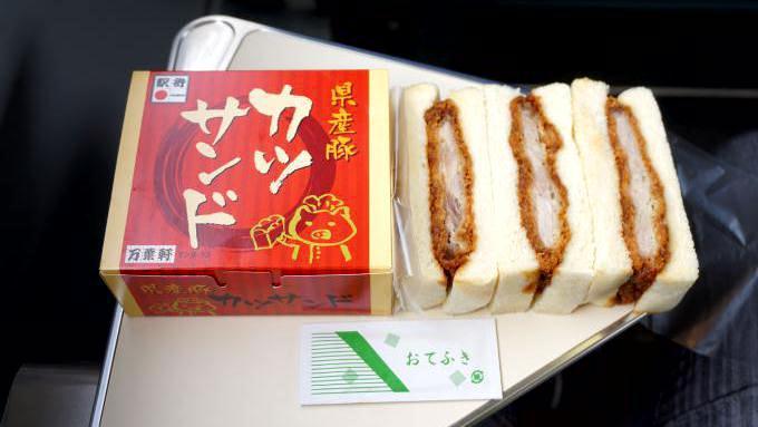 千葉駅「県産豚カツサンド」(700円)~千葉駅で再会! E231系電車と209系電車