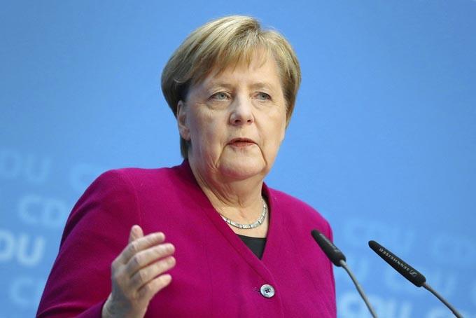 メルケル首相 メルケル ドイツ 移民 難民 入管法 難民法 改正案 ヨーロッパ EU