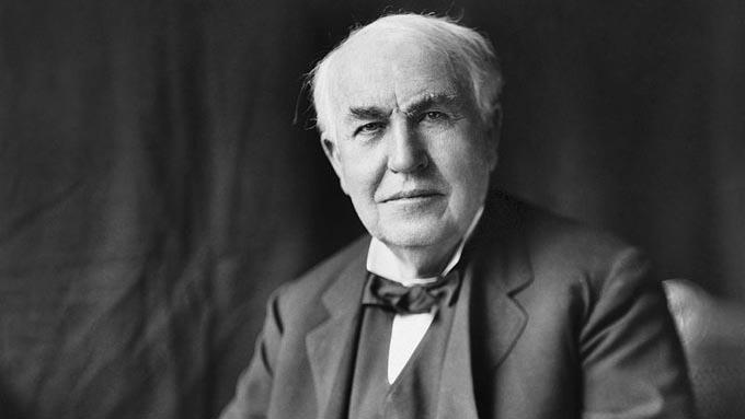 トーマス・エジソン「失敗すればするほど、我々は成功に近づいている」