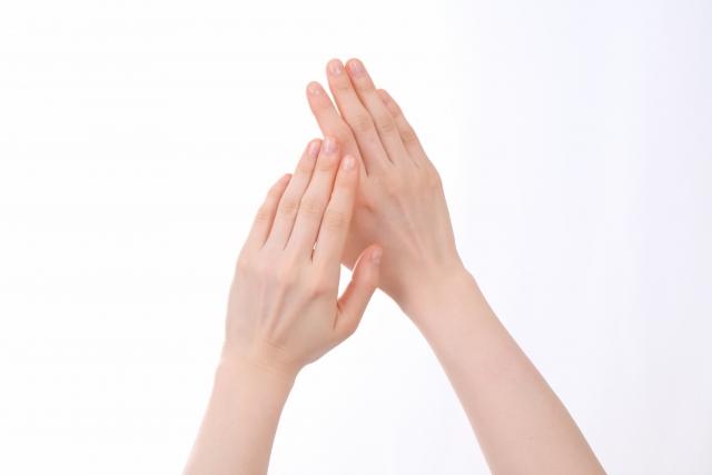 """指の""""ささくれ""""ってなんでできるの? 医師が解説"""