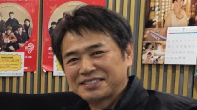 時任三郎 自分より足の大きい俳優に驚き