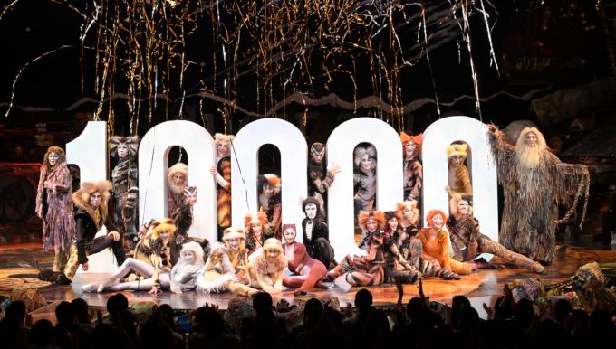 ミュージカル『キャッツ』が日本公演通算10,000回を達成