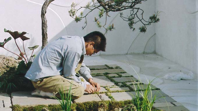 イギリス「チェルシー・フラワー・ショー」で金メダルを獲得した日本人・庭園デザイナー
