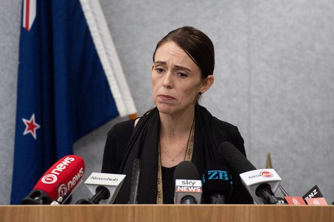 ニュージーランド 銃乱射事件 アルノールモスク オーストラリア国籍 銃規制 アーダーン首相 クライストチャーチ