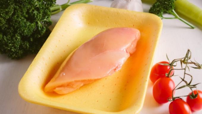 温度を変えるだけ? 鶏のささ身がパサつかない魔法のテクニック