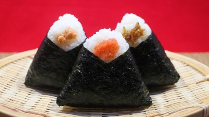 おにぎりはいつから三角形?「日本最古のおにぎり」の形とは