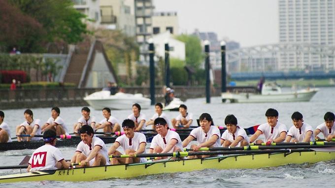 水の上の早慶戦 世界三大レガッタ「早慶レガッタ」開催