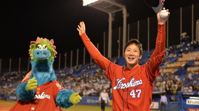 プロ初勝利の広島・山口翔 「生んでくれてありがとう」