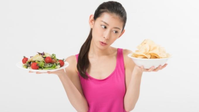 食事の時間が不規則でも肥満を防ぐ方法はある? 医師が回答