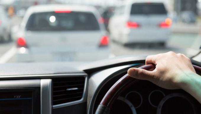 あおり運転の対策として注目 スマホを『ドライブレコーダー』に変える無料のアプリ