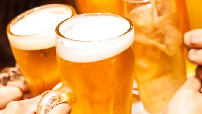 ビールの泡って何のためにあるの?