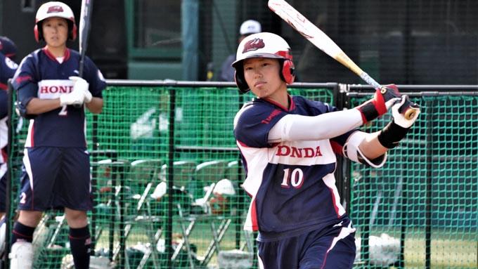 女子ソフト森山遥菜選手 「初球からどんどん積極的に振りに行く」