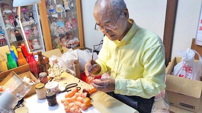 日本唯一のセルロイド人形職人~作り続ける「ミーコ」の魅力とは