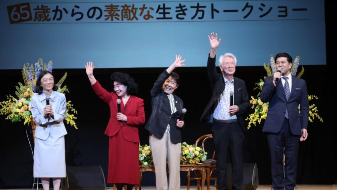 ニッポン放送「テレフォン人生相談」初のイベント開催 名物パーソナリティ・回答者たちの語りにメモをとりながら聞く来場者も続出