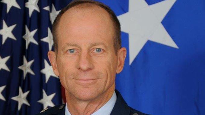 新たに就任したスティルウェル米国務次官補とはどんな人物か