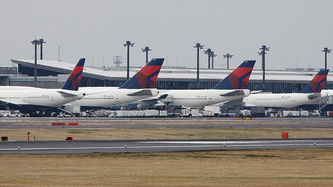 デルタ航空が成田から拠点を移転~日本の空港に求められる変化