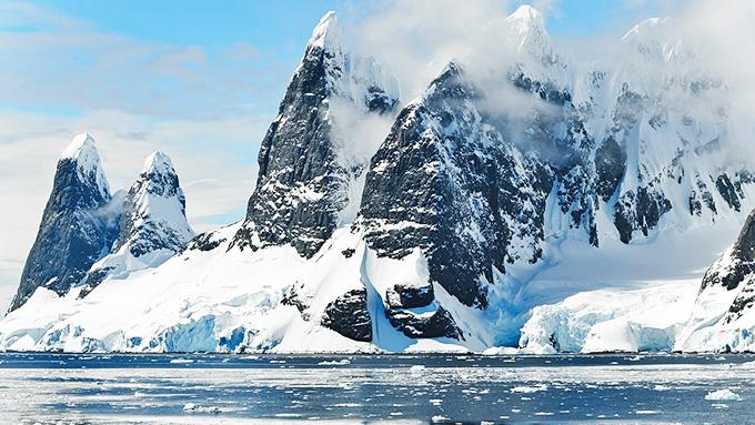 南極の氷が氷解すると、最大で約70m海面が上がる