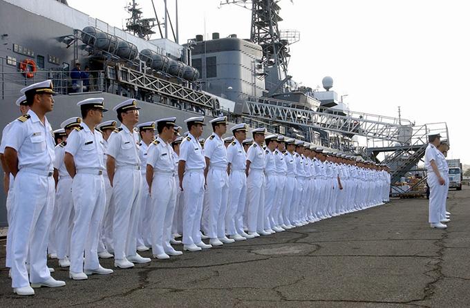 「海上自衛隊」の画像検索結果