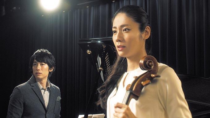 松下奈緒 × ディーン・フジオカ、ブルーバタフライと音楽が奇跡を紡ぐ
