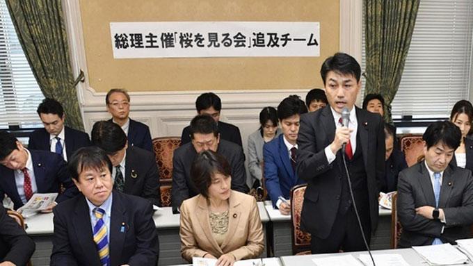首相主催「桜を見る会」問題、野党の追及は的を射ているのか