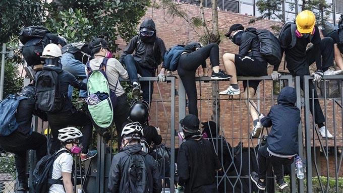 香港理工大学に警察が突入~中国が強行策に踏み切った実情