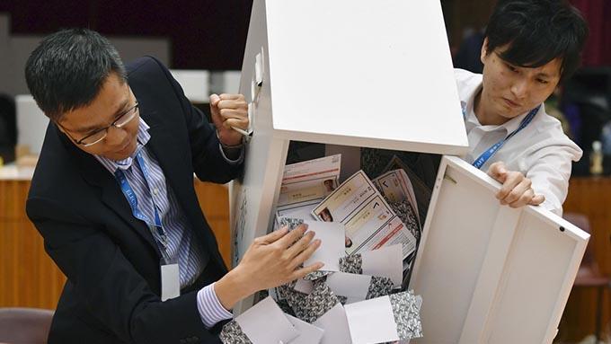 香港区議会選挙で民主派が圧勝~習近平主席の国賓来日は再考すべき